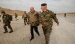 Alain-Juppe-en-Afghanistan.-Aux-armes-citoyen_article_landscape_pm_v8.jpg